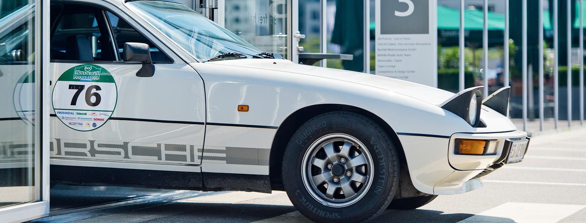 Kuschling und Passgang Porsche